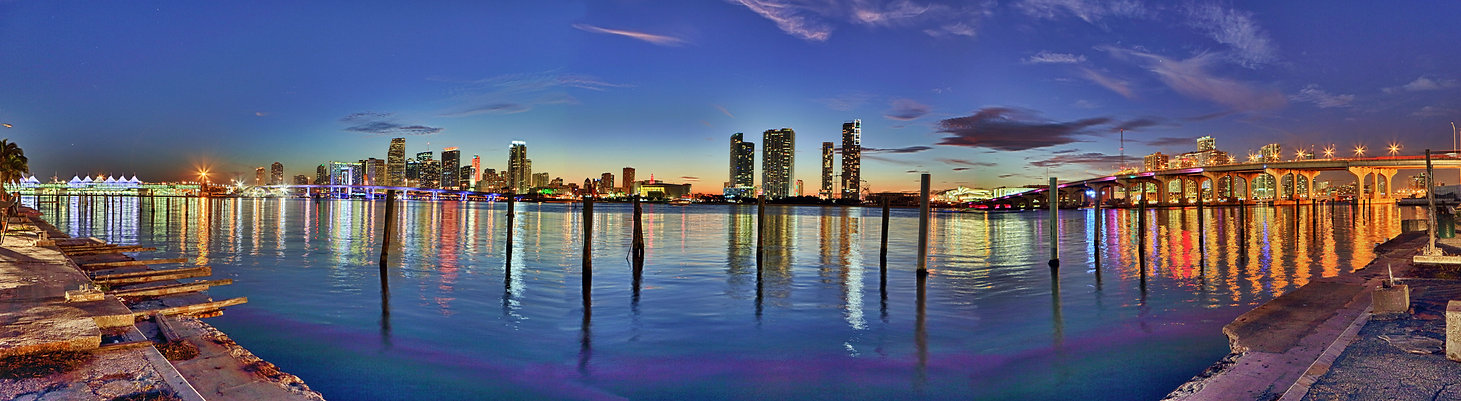 Downtown Miami hdr panorama.jpg