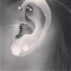 ear2_kara