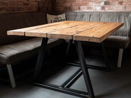 The Many Benefits of Using Reclaimed Timber in Your Interior