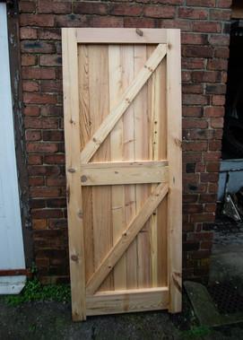 reclaimed-timber-door-untreated-b.jpg