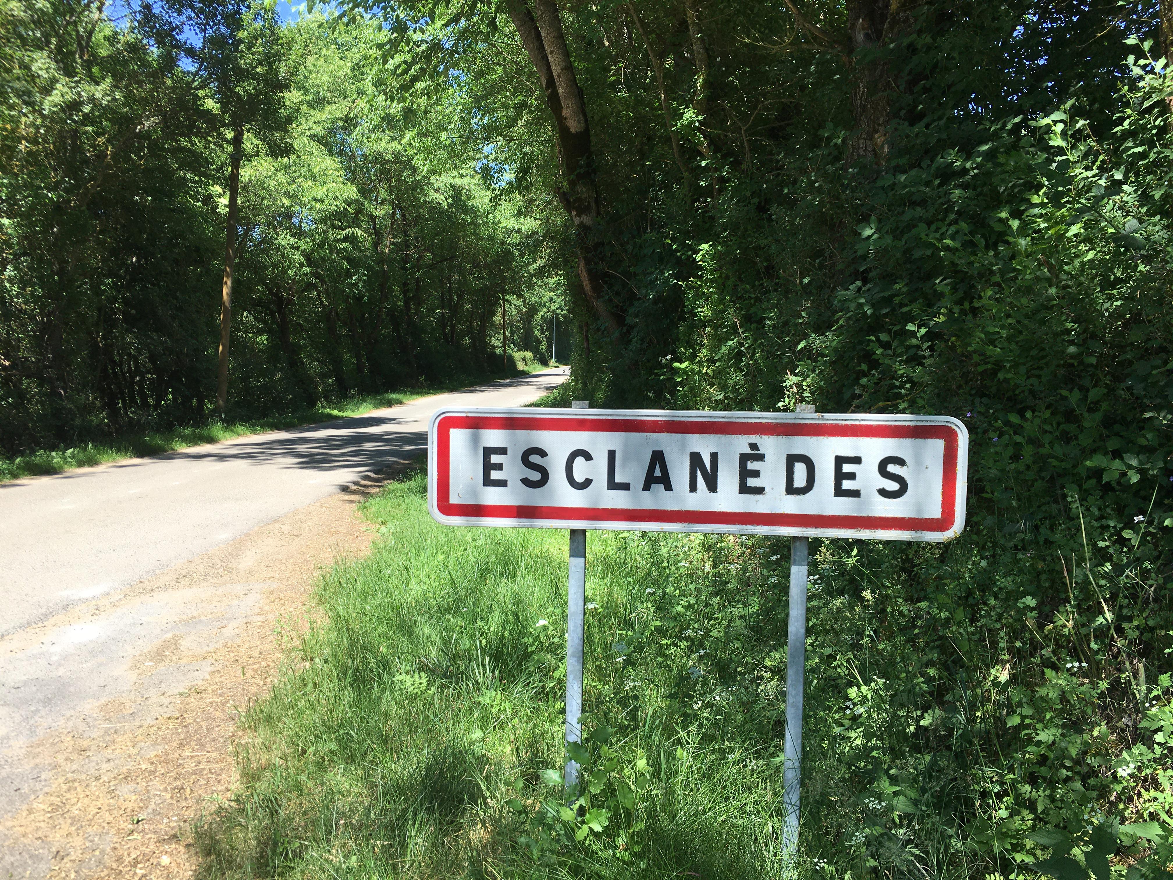Panneaux Esclanèdes.JPG