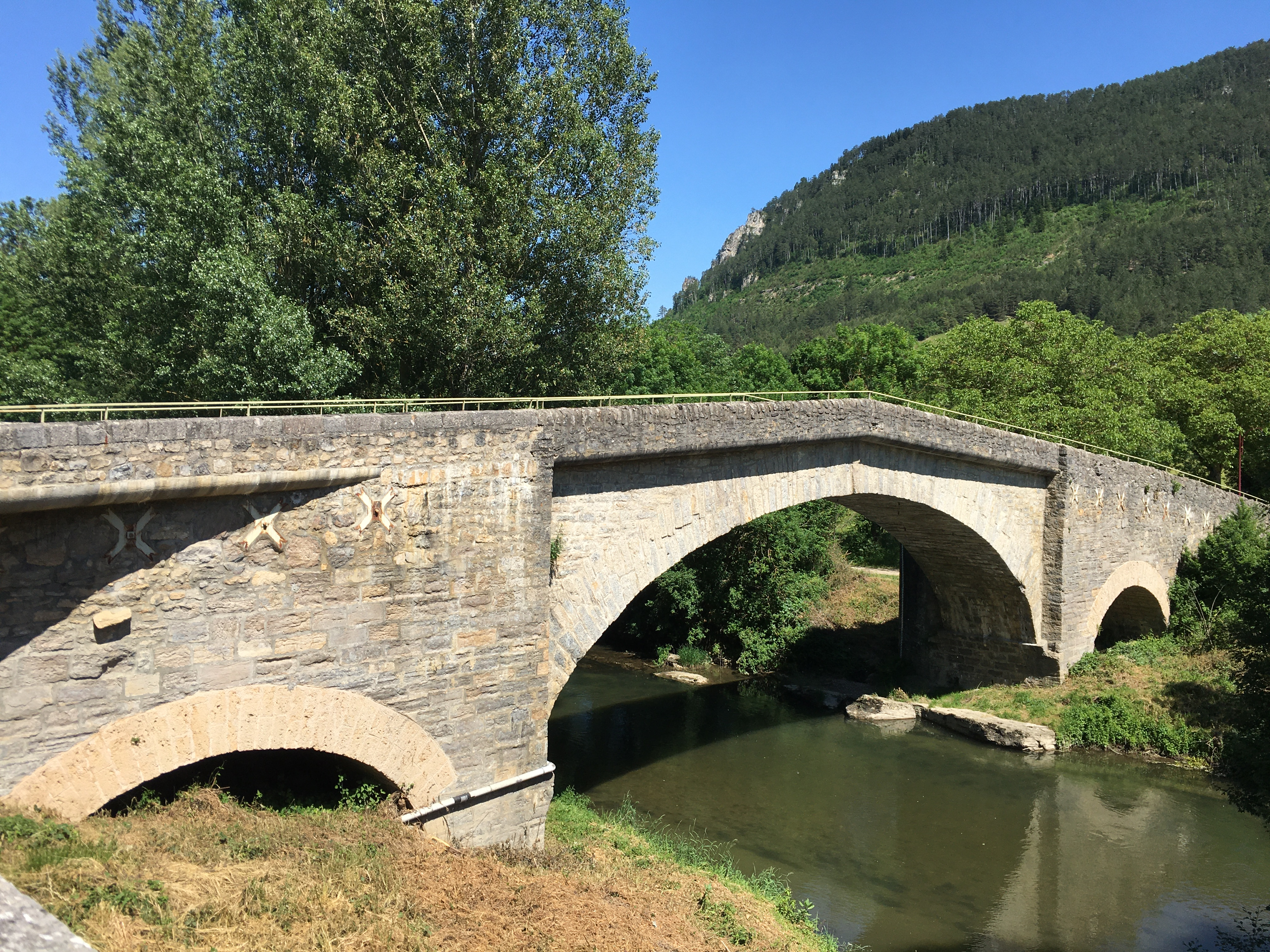 Pont d'Esclanèdes.JPG