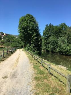 Chemin du Lot le Bruel.JPG