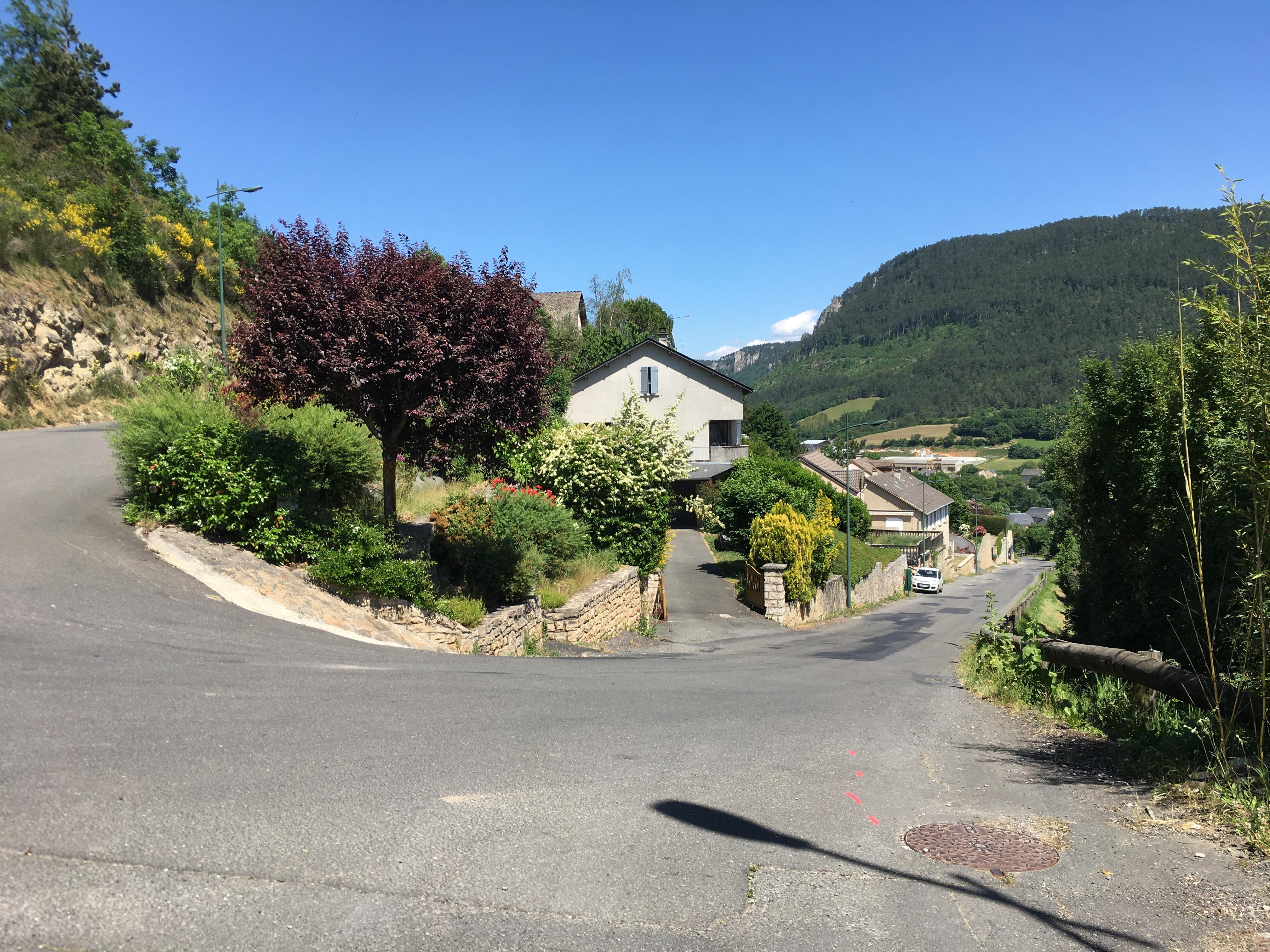 Route des Buissières - Le Bruel.JPG