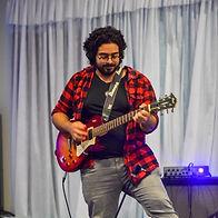 אלעד אויזרץ תלמיד לגיטרה בסטודיו למוזיקה