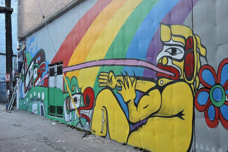 Photographs of the Downtown Eastside Fentanyl Healing Mural by grafitti artist Gurl23