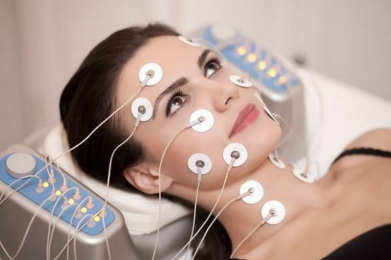 Biostimulare-faciala-600x400_edited.jpg