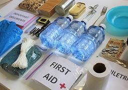 First_aid_kit_modifié.jpg