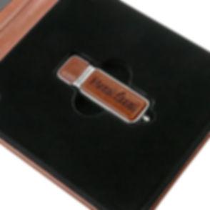 IPETB---Etui-na-Pendrive-USB-Nasz-Slub (