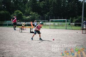 Kindertagfest_emotionUnihockeyHinwil3.jp