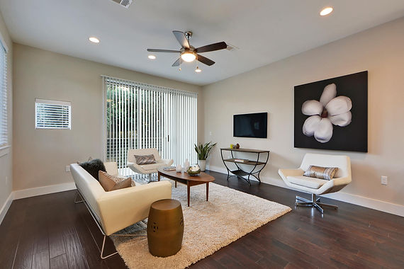 New townhomes with funky vibe pop up in South Austin