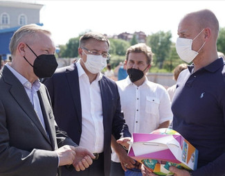 Губернатор Александр Беглов посетил с рабочим визитом Пушкинский район