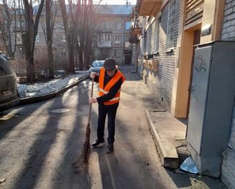Управляющие компании Пушкинского района присоединились к месячнику по благоустройству