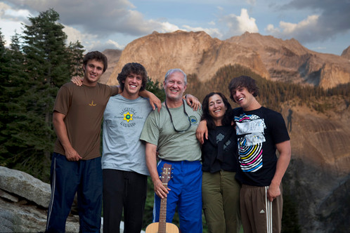Family+at+Bearpaw.jpg