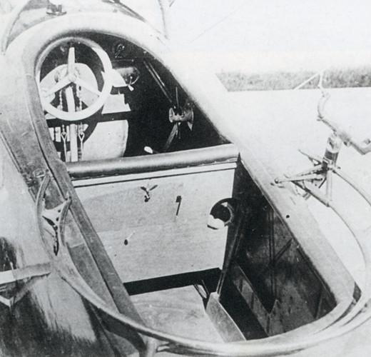 Lloyd CII Throttle page 214.jpg