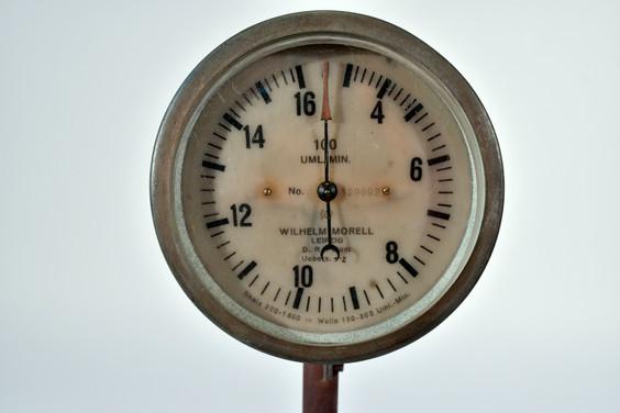 morell tachometer 1.jpg