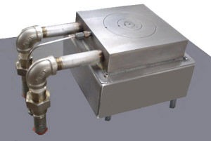 Model HP66V, with nitrogen hood removed, is shown with style pv3 vacuum pattern. The plumbing delivers and retrieves coolant through tunnels machined in the chuck.  Chuck temperature is reduced from 300C to room temperature in approximately 25-30 minutes.