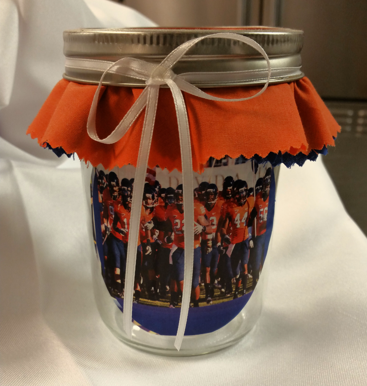 cake in a jar football_edited