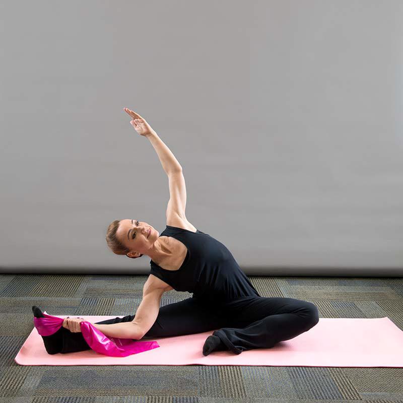 Stretch_Pilates_yoga_ Adriana Duarte Pon