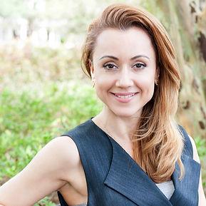 Adriana Duarte Pontual_900px_Skyra.jpg
