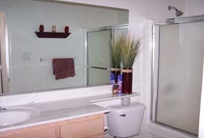 10593 Hall Bath