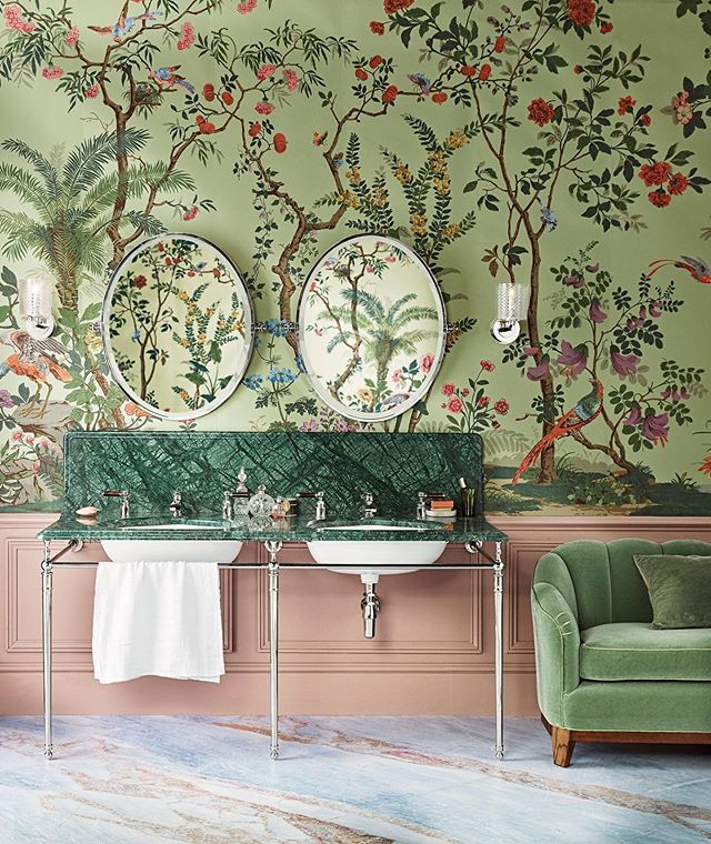 Chinoiserie bathroom with Zuber wallpaper