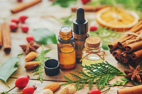 huiles-essentielles-noel-dans-petite-bou