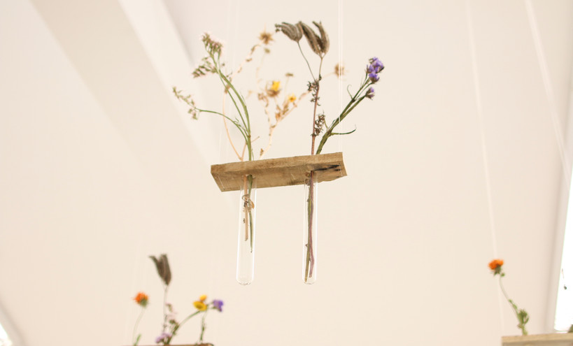 Flowers installation