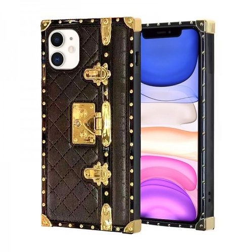 iphone 11-VINTAGE OPULENCE - BLACK QUILTED TRUNK