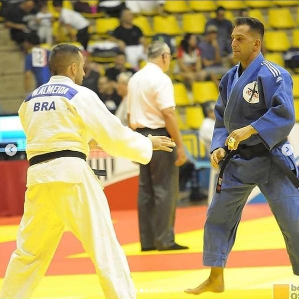 feu luta judo2.png