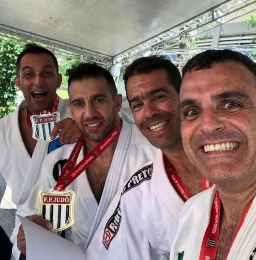 feu luta judo5.png