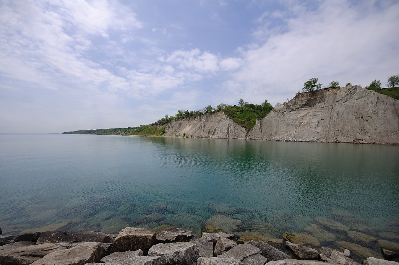 Toronto_-_ON_-_Scarborough_Bluffs.jpg
