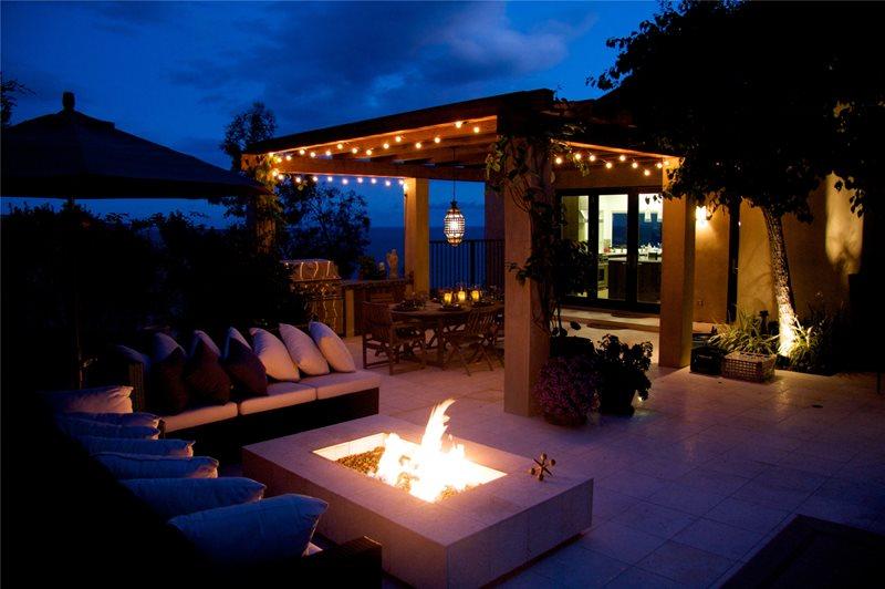 outdoor-entertaining-night-fiore-design_