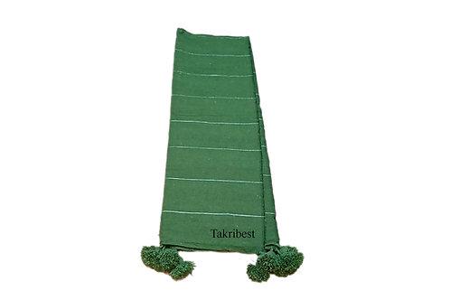 couvre-lit  vert avec pompon