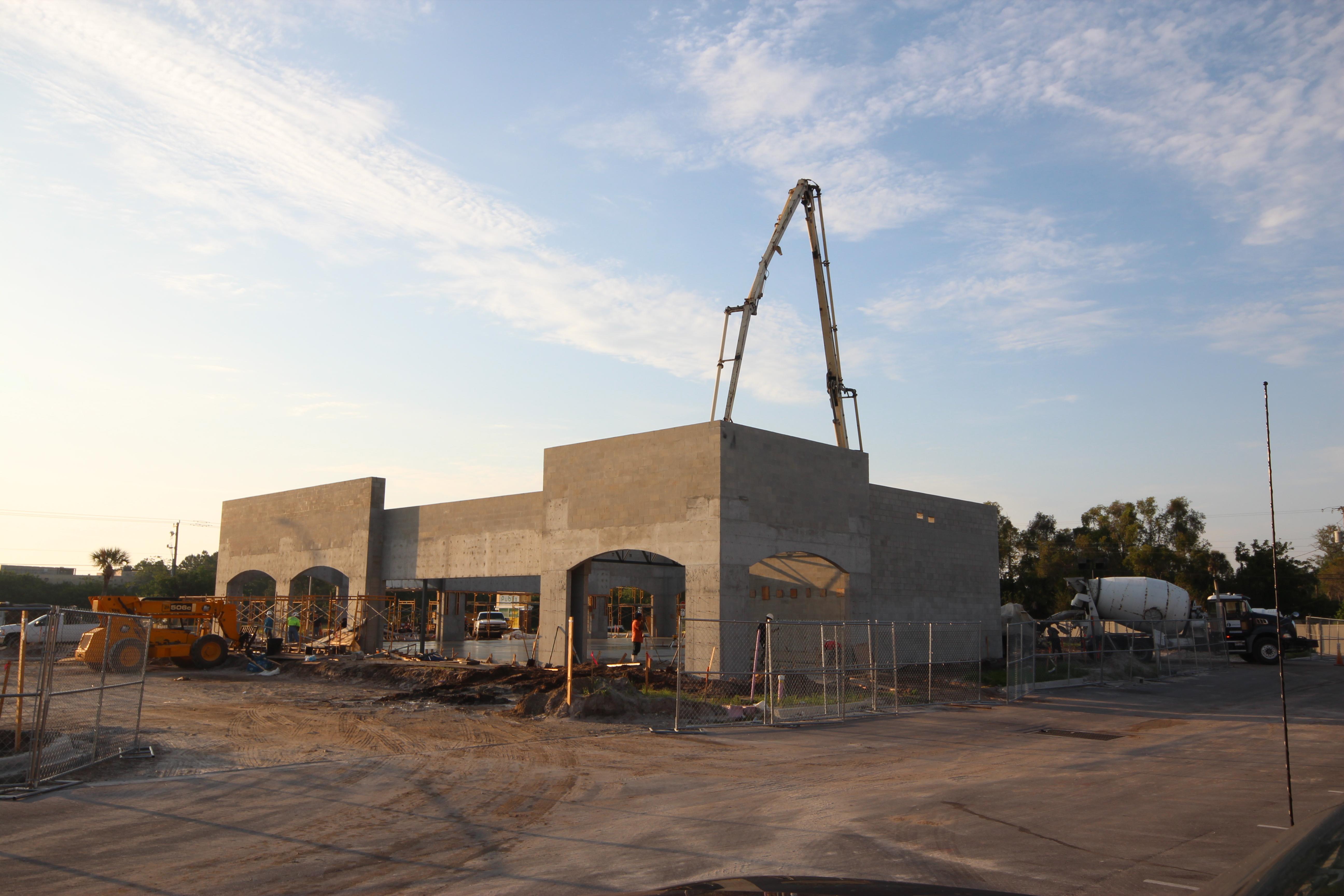 Retail Building Lockwood Ridge
