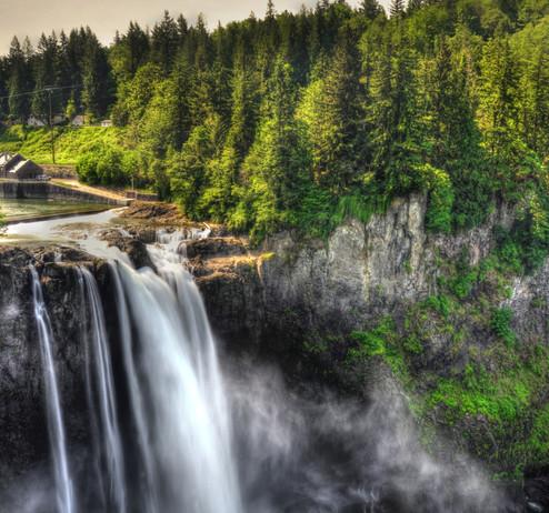Snoquami falls.jpg