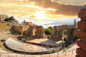 Toarmina theater at sunset.jpg