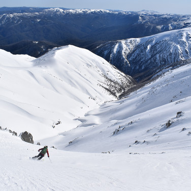 """Snowy Mountains Backcountry SMBC """"Goes Forever"""" Western Faces"""