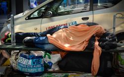 Refugiados en las calles de París