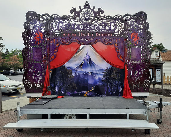 Outdoor Riddlesbrood Stage