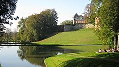 gaasbeek-castle-lake.jpg