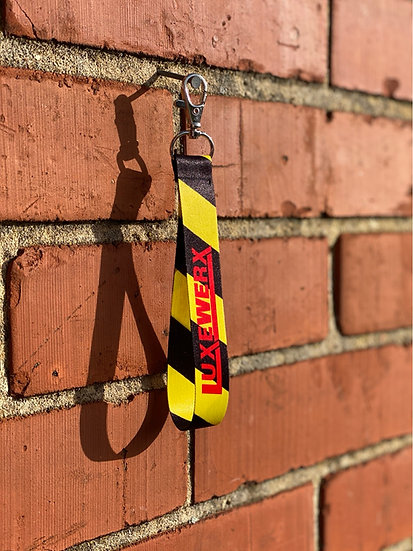 LUXEWERX Caution short lanyard
