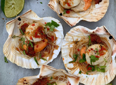 Scallops with Rice Noodles, Ginger Garlic & Chilli