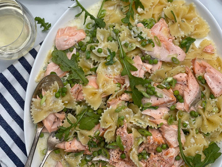 Creamy Salmon Pea & Spring Onion Pasta
