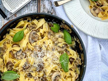 Easy and Delicious Mushroom Pasta⠀