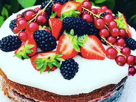 Vanilla Yogurt Icing Cake