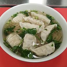 P8. Dumpling Pho with noodles