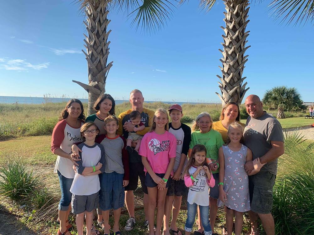 Hiltibidal Military family photo on vacation