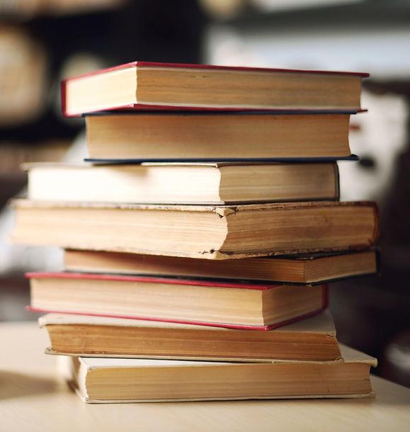 Pile%20Of%20Books_edited_edited_edited.jpg