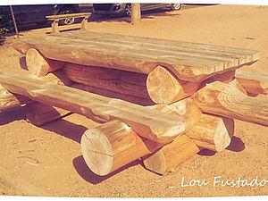 LOU FUSTADOU : création de mobilier de jardin en rondins de ...